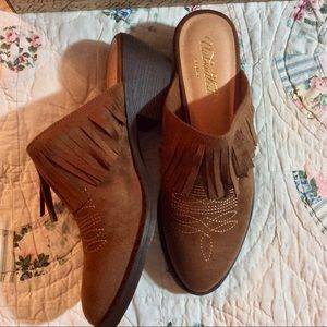 ARIAT FRINGED LEATHER WESTERN MULES BOOTIES CLOGS